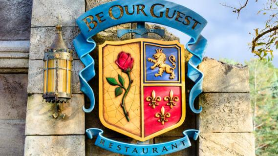 be-our-guest-restaurant-gallery07_disney